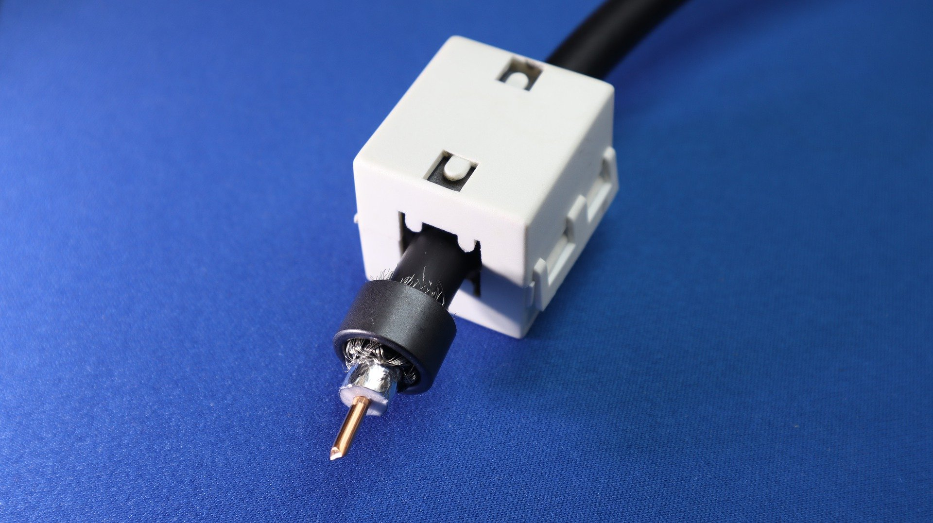 What Kind Of Cable Uses Bnc Connector?